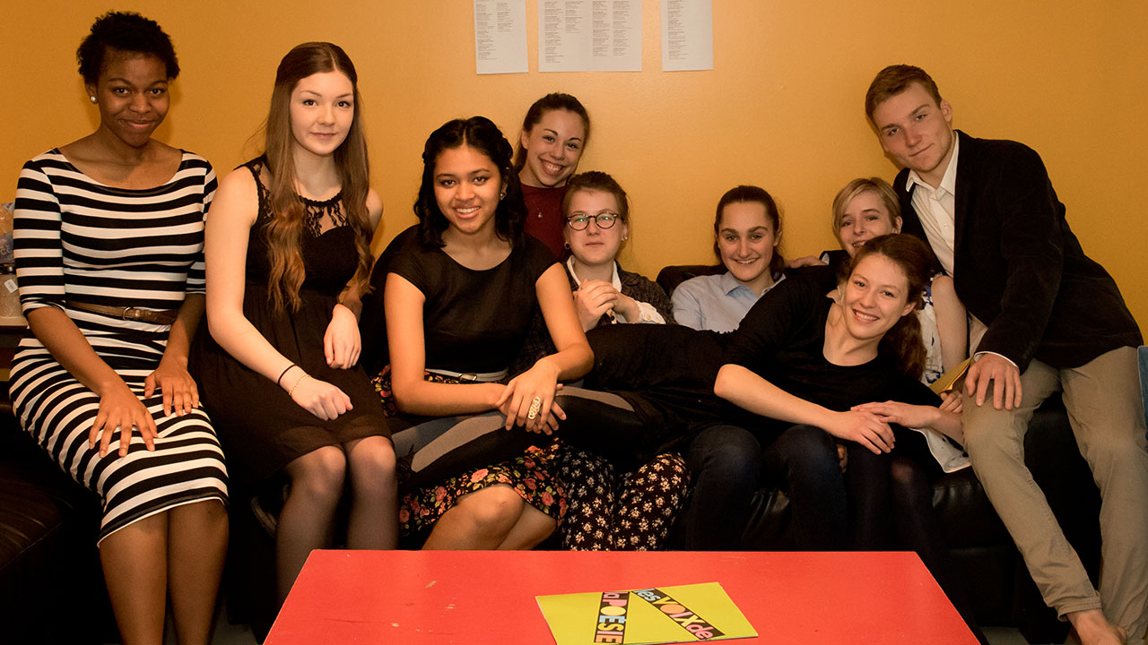 The 9 finalists chill out in the green room before the Awards Show. (l to r: Ayo Akinfenwa, Olivia Perry, Marie Foolchand, Lou-Anne Bouchard, Camilia Gélinas, Juliette Rolland Apergis, Luna Dansereau, Kiera Sandrock, and Mattis Savard-Verhoeven)